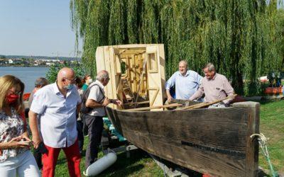 On lève un bout du voile sur la barque atelier « water Lily » (nénuphar)